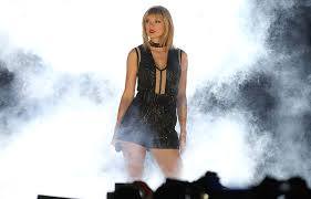 Taylor Swift Perth 'Love Letter' - Pop Star Note to Cottesloe Revealed