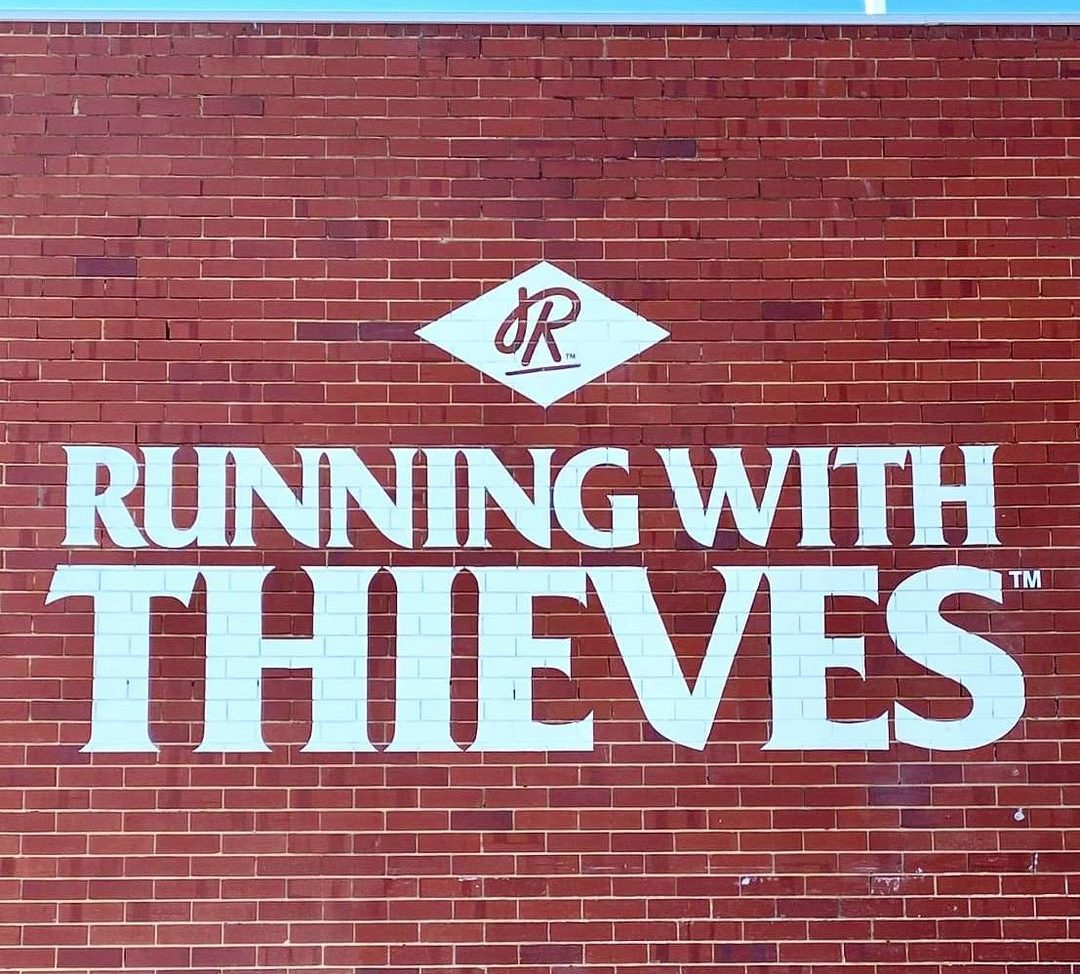 Running with Thieves